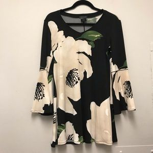 Eva Varro floral bell sleeve blouse top tunic M